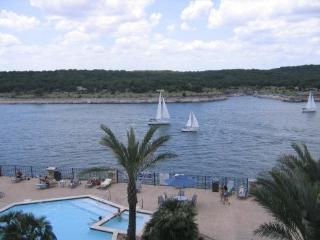 !! Lago Vista, Lake Travis.. Villa # 1301!!! - Lago Vista vacation rentals