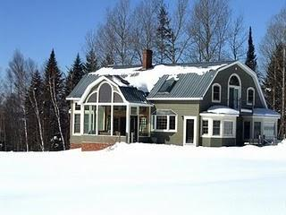 Winter wonderland and sunroom from which to enjoy it - Burke Mountain Vermont Northeast Kingdom Trails - East Burke - rentals