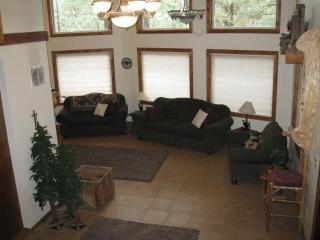 Fabulous River Cabin with Hot Tub! - Garden Valley vacation rentals