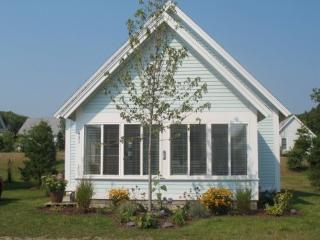 Charming Cottage with Dishwasher and A/C - Wells vacation rentals