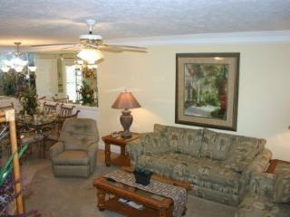 Luxurious 2 Bedroom Condo with Heated Pool - Panama City Beach vacation rentals
