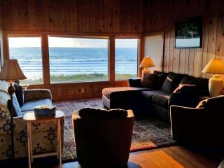 Oceanfront Vacation Home Lincoln City - Lincoln City vacation rentals