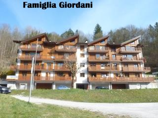 Nice Townhouse with Garage and Television - Ponte Arche vacation rentals
