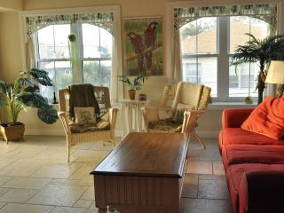 Tybee Island Beach Condo/Indoor Pool/sleeps 7 - Tybee Island vacation rentals