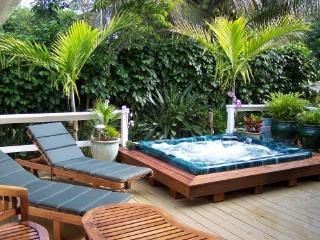 Spacious 4/4.5 Home with Hot Tub and Ocean Views - Princeville vacation rentals