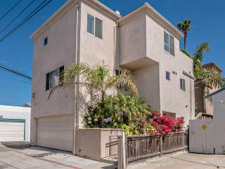 Spacious, Luxurious View Home in Mission Beach - San Diego vacation rentals