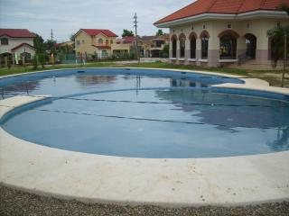 Perfect 4 bedroom House in Cebu with Internet Access - Cebu vacation rentals
