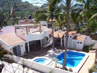 Pacific Oceanfront Private Villa Pool Jacuzzi WiFi - La Peaita de Jaltemba vacation rentals