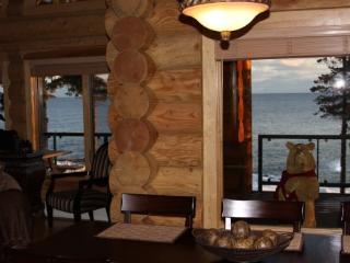 Brand New Luxury Lake Superior Log Home! - Schroeder vacation rentals