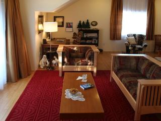2 bedroom House with Deck in Anchorage - Anchorage vacation rentals