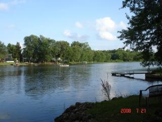 Quiet Riverfront, Baldwinsville - Baldwinsville vacation rentals