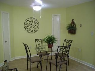 Resort Condo - Beach, 3 Pools, Lots of Amenities!! - Hilton Head vacation rentals