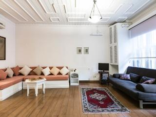 Stablesgate House and Studios - Istanbul vacation rentals