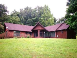 Vacation Cabin With Hot Tub on Patoka Lake in Ind. - Taswell vacation rentals
