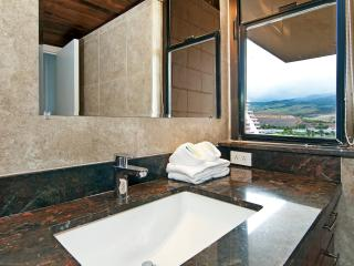 Penthouse Corner- Absolutely Oceanfront-Upgraded - Lahaina vacation rentals
