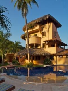 Villas Los Arcos - Zihuatanejo, Mexico - Zihuatanejo vacation rentals