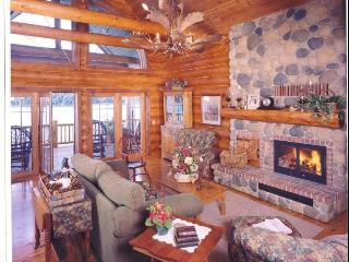 Grandview Lakeside Log Lodge - Wautoma vacation rentals