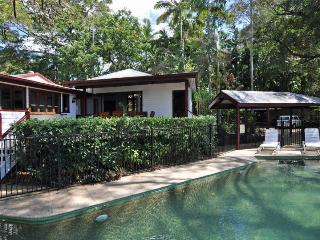 Poinciana Lodge, Rainforest home close to the City - Cairns vacation rentals