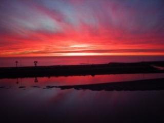 Stunning winter sunset from Donna's beach house - Donna's Carlsbad Beach Cottage - Carlsbad - rentals