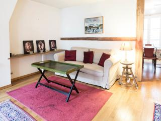 Spacious, Bright Apartment Rental in Paris - Paris vacation rentals