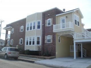 STEPS TO BEACH! Private Balconies with Ocean View - Ventnor City vacation rentals