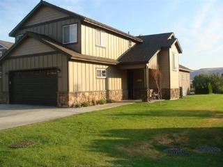 Columbia River Front Crescent Bar Home - Quincy vacation rentals