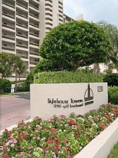 Lighthouse Towers - Luxury 2 bed, 2 bath, Gulf-front Condo - 2 wk Min. - Clearwater - rentals