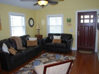 Luxury Beach Bungalow- Perfect Location - Carolina Beach vacation rentals
