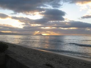 Lehua,Oceanfront Beach house w/ Diamond Head views - Ewa Beach vacation rentals