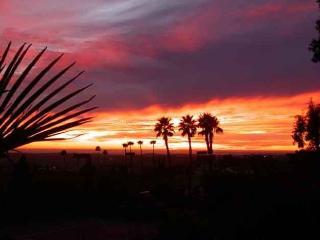 AWESOME MOUNTAIN & OCEAN VIEWS. 4 BR 3.5 BA - San Diego vacation rentals