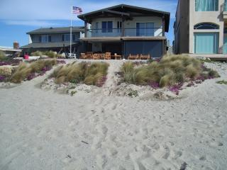 Oceanfront - Dry Sand - Surf Break - Ventura vacation rentals