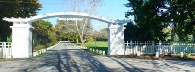 Main Gate Entrance to Grand Beach - Chat-A-While in Grand Beach - Grand Beach - rentals