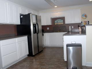 Nice Condo with Internet Access and Dishwasher - Oak Island vacation rentals