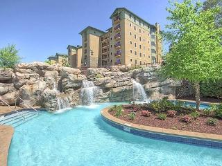 2 bedroom condo at Riverstone 3rd blding - Pigeon Forge vacation rentals