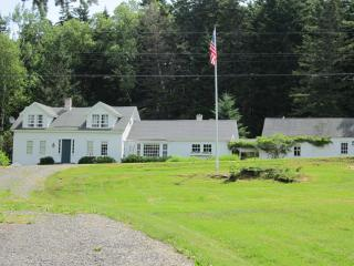 Waterfront Home in Boothbay Harbor - Boothbay Harbor vacation rentals