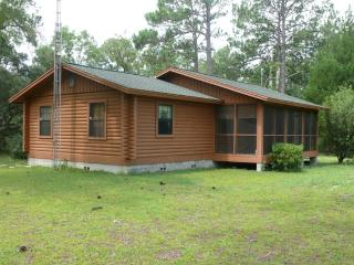 2 bedroom Cabin with Deck in Dunnellon - Dunnellon vacation rentals