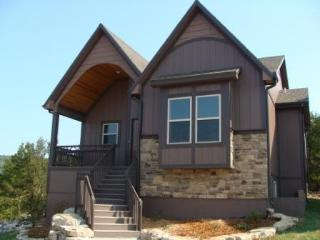 HICKORY RETREAT in Branson Canyon! - Hollister vacation rentals