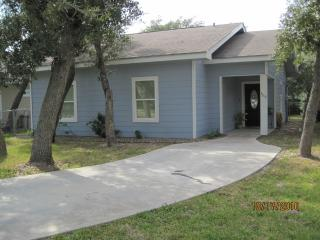 Beautiful House with Internet Access and A/C - Rockport vacation rentals