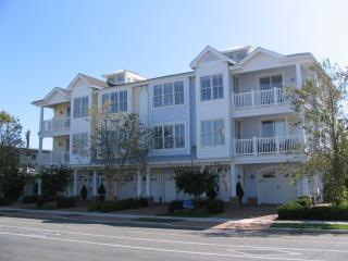 North Wildwood Condo for Rent   Hemingways - North Wildwood vacation rentals