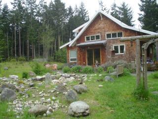 Folklore Llama Lodge - 5 acre pastoral paradise - Port Townsend vacation rentals