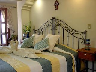 3 bedroom House with Internet Access in Oaxaca - Oaxaca vacation rentals