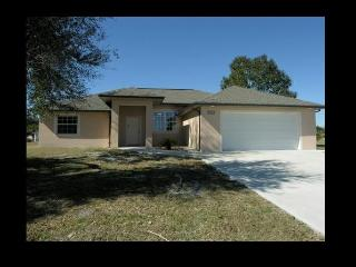 Perfect 3 bedroom Arcadia House with A/C - Arcadia vacation rentals