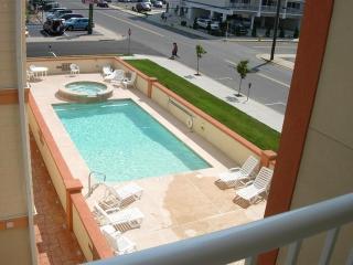 3br/2ba Ocean View - steps to beach,pool,boards - Wildwood Crest vacation rentals