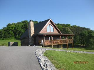 May 15-27, 29-Jun 7 Spring Escape Call now! - Pigeon Forge vacation rentals