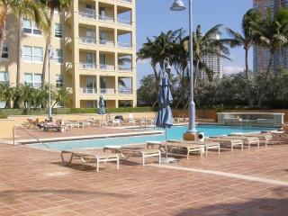 Quality Neighborhood walk to the beach - Miami Beach vacation rentals