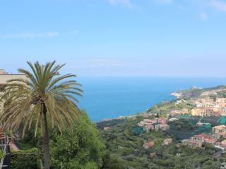 La Casa sotto l' Arco, a new idea of holiday - Massa Lubrense vacation rentals