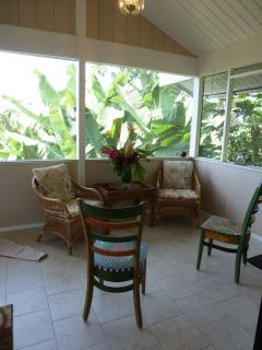 Sunny Cottage with Deck and Internet Access - Kealakekua vacation rentals