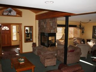 Nice 3 bedroom House in Wildernest - Wildernest vacation rentals