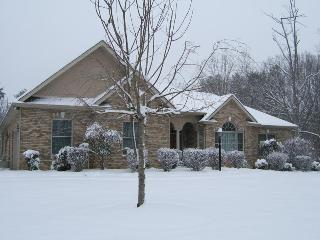 4200 sq. ft. home on the Tennessee River - Lenoir City vacation rentals
