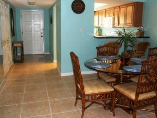 Luxury Condo Ground Floor Across the Street - Siesta Key vacation rentals